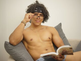 Private live camshow JacobAndrade